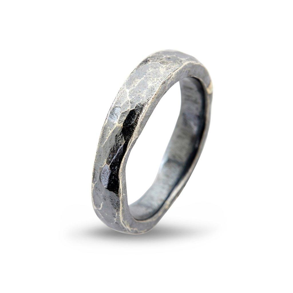 By Birdie Hammered ring i sølv - 50110187 Ox sølv 64