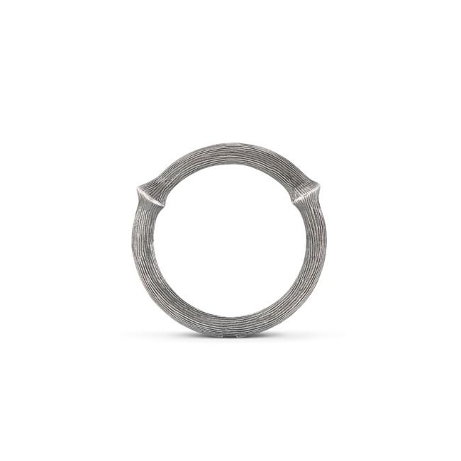 Ole Lynggaard Nature ring sølv nr. 3 - A2682-301 Ox. sølv 55