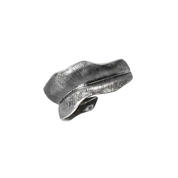 Ole Lynggaard medium Blad Ring oxyderet sølv - A3009-302