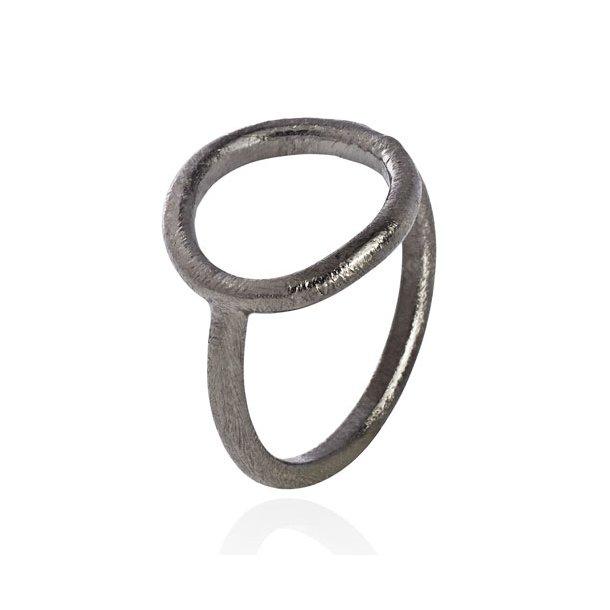 Oxideret sølv ring med cirkel - 1663-3